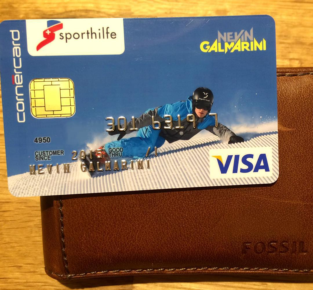 Coolest credit card ever?! Thanks @cornercard and @schweizersporthilfe !