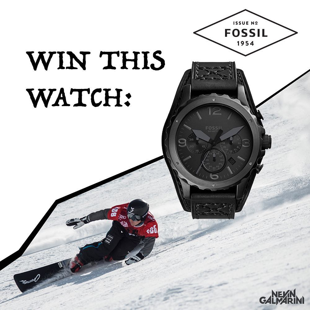 I'm giving away two @fossil watches! Just go over to my Facebook page and see what's up! -> Link in Bio ️️