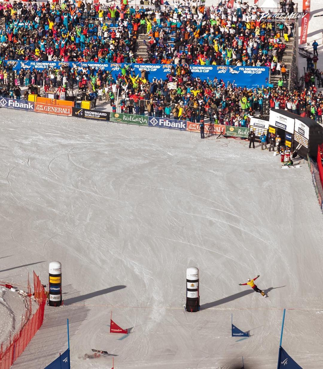 #throwbackthursday: This is how it looks when Bulgarian hero @radoyankov wins a @fissnowboard worldcup in front of his fans while I am checking the snow quality . Though getting second there was still awesome. Needless to say that I am looking forward to this winters worldcup in my home town @engadinscuol !!!