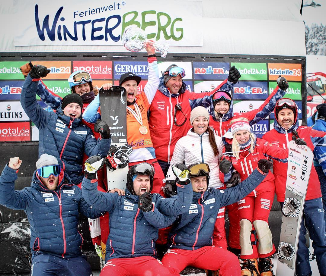Behind every success is a great team. Thanks for the support Swiss Snowboard Alpine Team and the team sponsors @swisscom | @helvetia.schweiz | @bkwag | @raiffeisenschweiz | @audischweiz | @2117ofsweden_official  And yeah - I am part of the National Team for at least one more year