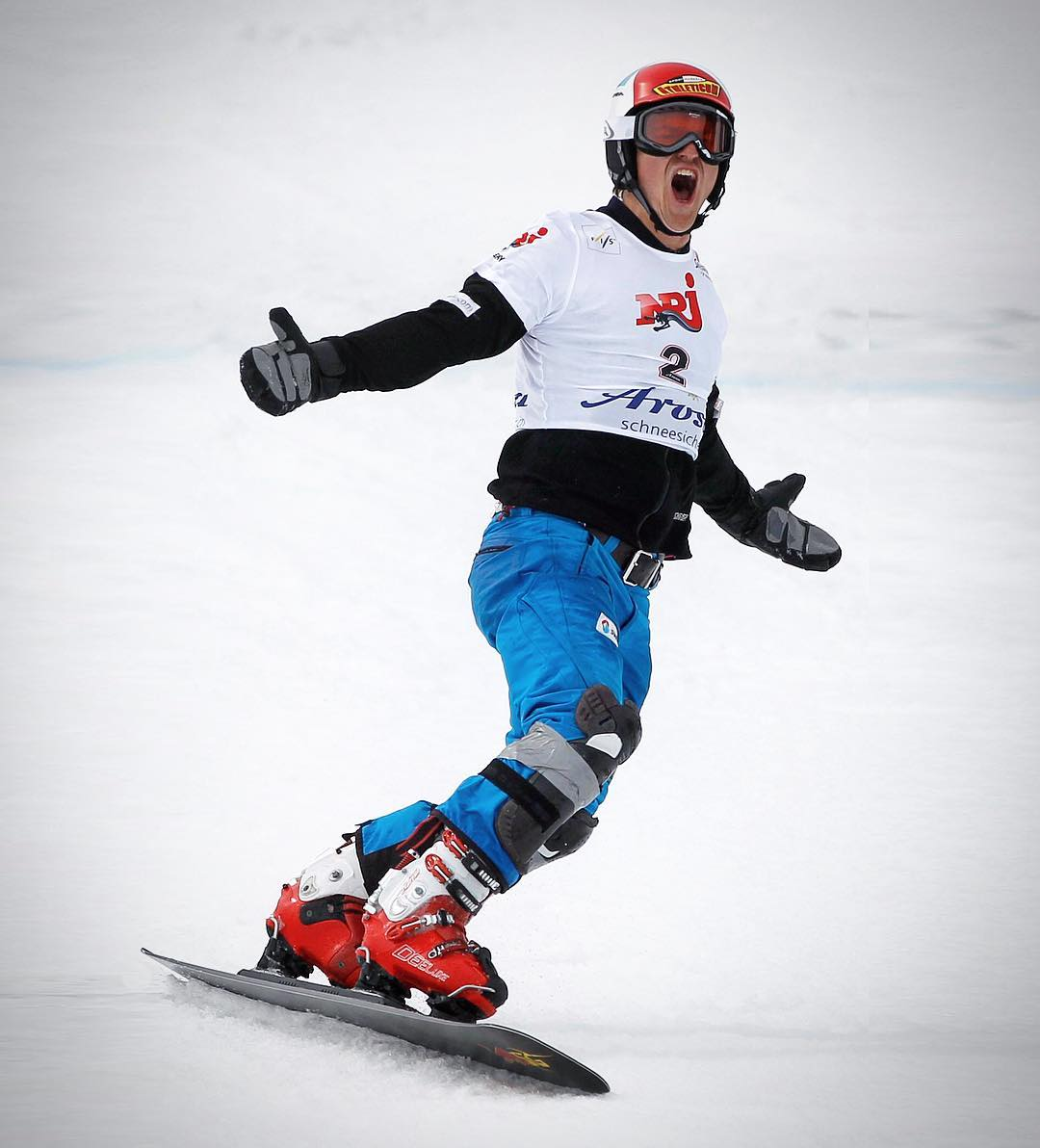 to my first ever @fissnowboard Worldcup podium back in 2011. It was not only my career's first top 3, it was also the first time when I performed well in front of my family and friends as this race was basically on home soil in @arosalenzerheide . Before that race I always had trouble to ride well when my family and friends were watching live as I was way too motivated. I learned to stay true to my values in any situations - this was the first race when the mental training paid off.