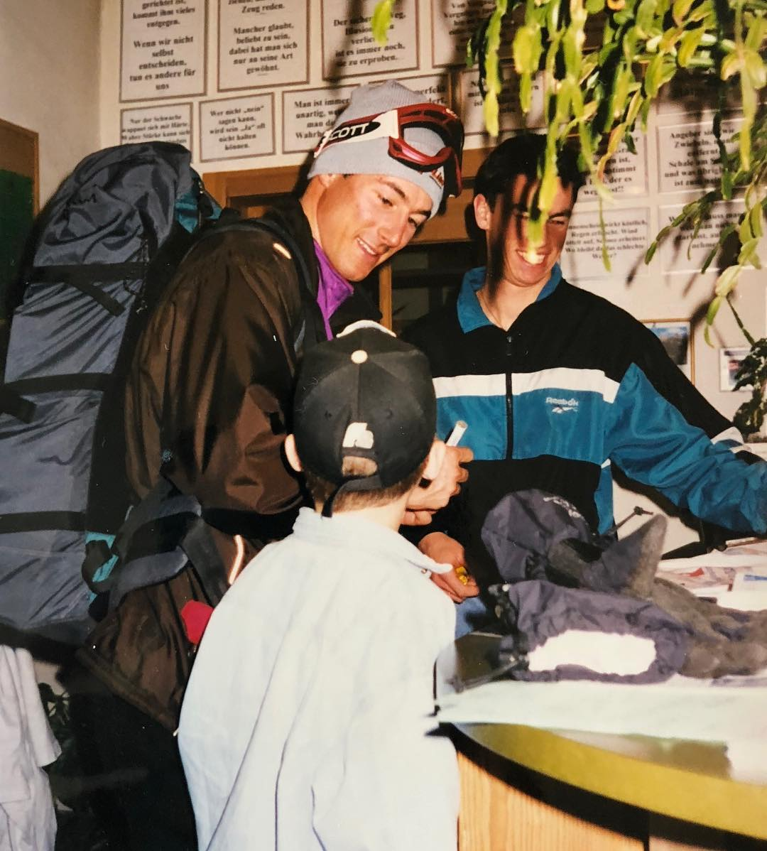 While signing autographs today at the @nationalparkbikemarathon Kids Race, I remembered this moment from 1997 when I got myself a signature from my Fadri Mosca. Fadri then just became World Champion in Heavenly Valley (USA) and came back to his hometown @engadinscuol where I was waiting for him. His riding style and even more his attitude inspired me to start racing as well. Today I can call him a friend, how cool is that?