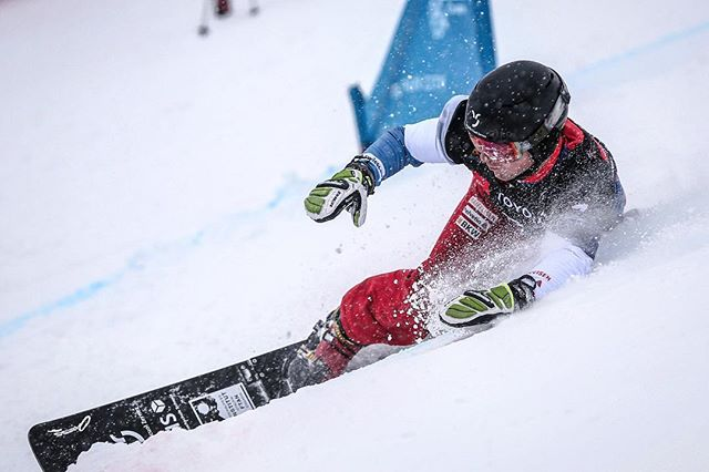 Digging deep… unfortunately too deep. No DNF's in two years and now this 🤷🏻‍♂️😬 Damn it! . . . Huge congrats to 🇨🇭 @ladinajenny who won World Championships BRONZE🥉!! 🔥🔥🔥 . . . #Focus on tomorrow: Parallel Slalom on the menue. Let's send it! 🤘🏽 . . . 📷: @fissnowboard